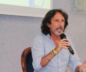 https://www.tp24.it/immagini_articoli/18-02-2021/1613644287-0-coronavirus-e-scuola-rizza-flc-cgil-sicilia-75-in-presenza-prima-vaccinare-tutto-il-personale.jpg