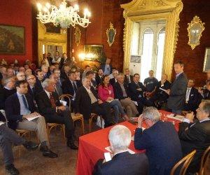 https://www.tp24.it/immagini_articoli/18-04-2017/1492534759-0-sicilia-sindaci-contro-la-regione-dopo-la-decadenza-a-causa-dei-bilanci-non-approvati.jpg