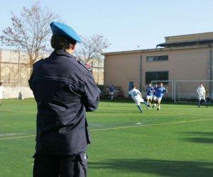 https://www.tp24.it/immagini_articoli/18-05-2016/1463568768-0-trapani-si-e-concluso-il-torneo-di-calcio-a-cinque-dei-detenuti-della-casa-circondariale.jpg
