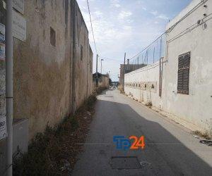 https://www.tp24.it/immagini_articoli/18-06-2021/1623971599-0-la-pista-ciclabile-e-la-litoranea-dello-stagnone-ecco-come-cambia-da-oggi-la-viabilita.jpg
