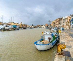 https://www.tp24.it/immagini_articoli/18-09-2019/1568759142-0-porto-mazara-carotaggi-costano-troppo-fanghi-diventano-classe.jpg