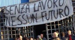 https://www.tp24.it/immagini_articoli/18-09-2021/1631918781-0-lavoro-poverta-nbsp-e-nascite-la-sicilia-e-maglia-nera-in-europa.jpg