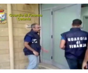 https://www.tp24.it/immagini_articoli/18-10-2016/1476798733-0-tangenti-e-dialisi-arrestato-un-parente-di-matteo-messina-denaro.jpg