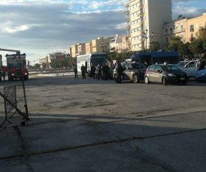 https://www.tp24.it/immagini_articoli/18-11-2020/1605714873-0-arrivati-a-trapani-ventisei-tunisini-trasferiti-a-valderice-nbsp.jpg