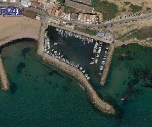 https://www.tp24.it/immagini_articoli/18-12-2017/1513609823-0-selinunte-porto-sprechi-politica.jpg