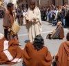 https://www.tp24.it/immagini_articoli/19-04-2019/1555658847-0-marsala-giovedi-santo-processione-ritornato-padre-nostro.jpg