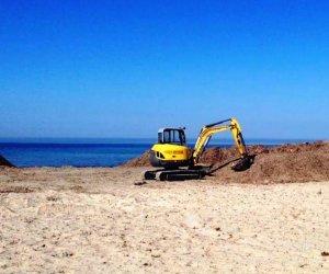 https://www.tp24.it/immagini_articoli/19-05-2017/1495154227-0-mazara-pulizia-spiagge-allaccantonamento-temporaneo-posidonia.jpg