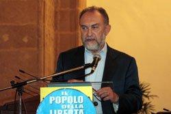 https://www.tp24.it/immagini_articoli/19-05-2017/1495170860-0-trapani-2017-irrompe-caso-dali-candidato-sindaco-forza-italia-avanti.jpg