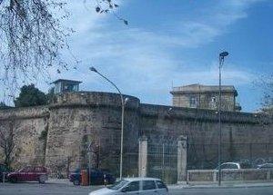 https://www.tp24.it/immagini_articoli/19-05-2017/1495171614-0-lombra-messina-denaro-lavori-carcere-ucciardone-palermo.jpg