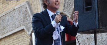 https://www.tp24.it/immagini_articoli/19-06-2018/1529425783-0-dopo-elezioni-grillini-sistema-santangelo-parrino-vice-scilla.jpg