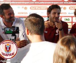 https://www.tp24.it/immagini_articoli/19-08-2019/1566238964-0-basket-control-trapani-presenta-acquisti-amici-spizzichini.jpg