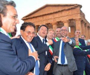 https://www.tp24.it/immagini_articoli/19-10-2019/1571478358-0-miliardi-euro-spesi-rischio-anche-soldi-patto-sicilia.jpg