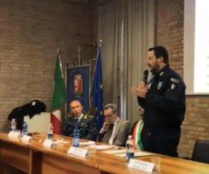 https://www.tp24.it/immagini_articoli/19-12-2018/1545208364-0-mafia-will-wiped-soon-salvini-said.jpg