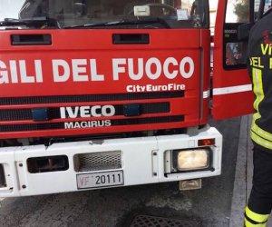 https://www.tp24.it/immagini_articoli/19-12-2019/1576787592-0-incendio-paceco.jpg