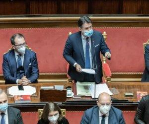 https://www.tp24.it/immagini_articoli/20-01-2021/1611129445-0-crisi-di-governo-fiducia-risicata-per-conte-al-senato-oggi-vede-mattarella.jpg