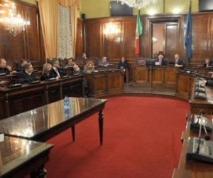 https://www.tp24.it/immagini_articoli/20-02-2013/1378807621-1-al-consiglio-provinciale-di-trapani-ricostituito-il-gruppo-del-pdl.jpg