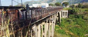 https://www.tp24.it/immagini_articoli/20-02-2021/1613799592-0-quei-lavori-che-non-cominciano-mai-la-storia-del-ponte-corleone.jpg