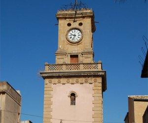 https://www.tp24.it/immagini_articoli/20-03-2016/1458508292-0-campobello-di-mazara-evacuata-palazzina-del-centro-storico.jpg