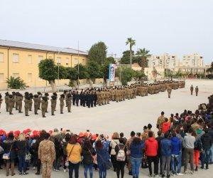 https://www.tp24.it/immagini_articoli/20-03-2018/1521525591-0-bersaglieri-celebrano-lunita-costituzione-bandiera-studenti-trapani.jpg