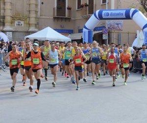 https://www.tp24.it/immagini_articoli/20-03-2018/1521557780-0-maratonina-vino-arrivata-quinta-edizione-marsala-parola-sponsor.jpg