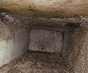 https://www.tp24.it/immagini_articoli/20-06-2018/1529485651-0-marsala-ecco-condizioni-sono-loculi-cimitero.jpg