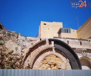 https://www.tp24.it/immagini_articoli/20-07-2018/1532082647-0-marsala-iniziati-2010-fine-hanno-fatto-lavori-chiesa-giovannello.jpg
