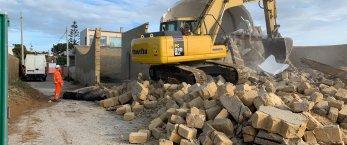 https://www.tp24.it/immagini_articoli/21-02-2019/1550782169-0-demolizioni-triscina-cogemat-affida-smaltimento-mestra-mazara-vallo.jpg