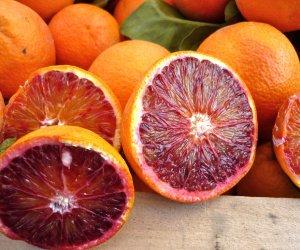 https://www.tp24.it/immagini_articoli/21-02-2020/1582316523-0-mcddonalds-arrivano-arance-rosse-sicilia.jpg