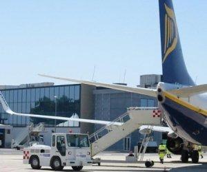 https://www.tp24.it/immagini_articoli/21-02-2020/1582318194-0-aeroporto-birgi-lavoratori-novembre-cassa-integrazione.jpg