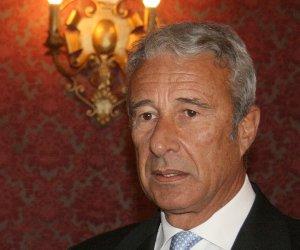 https://www.tp24.it/immagini_articoli/21-04-2015/1429631468-0-nessuno-peggio-di-damiano-il-sindaco-di-trapani-e-il-meno-apprezzato-d-italia.jpg