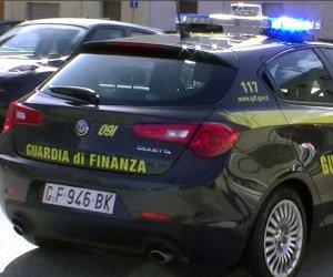https://www.tp24.it/immagini_articoli/21-07-2021/1626857562-0-scoperti-19-furbetti-del-reddito-di-cittadinanza-a-campobello-di-mazara.jpg