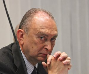 https://www.tp24.it/immagini_articoli/21-07-2021/1626876640-0-concorso-esterno-in-associazione-mafiosa-condannato-a-sei-anni-l-ex-senatore-d-ali.jpg