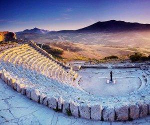 https://www.tp24.it/immagini_articoli/21-08-2019/1566349718-0-ferragosto-record-sicilia-musei-parchi-archeologici-marsala-invece.jpg