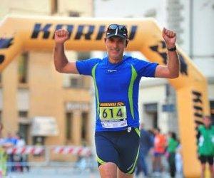 https://www.tp24.it/immagini_articoli/21-10-2016/1477049798-0-atletica-vincenzo-pecunia-medico-e-atleta-e-il-nuovo-campione-italiano-iuta-100-km.jpg