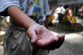 https://www.tp24.it/immagini_articoli/21-10-2019/1571647887-0-sicilia-condizioni-poverta-bambino.jpg