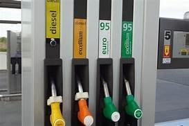 https://www.tp24.it/immagini_articoli/21-10-2019/1571650331-0-sicilia-carburante-disabili-servito-costo-selfservice.jpg