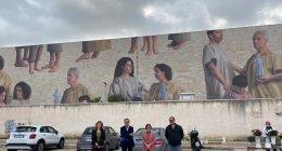 https://www.tp24.it/immagini_articoli/21-10-2021/1634771075-0-i-murales-a-trapani-belli-ma-nbsp-criticati-nbsp-e-c-e-chi-mette-zizzania.jpg