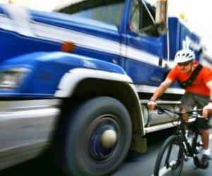 https://www.tp24.it/immagini_articoli/21-11-2020/1605941018-0-marsala-camionista-denunciato-da-due-ciclisti-ecco-perche-nbsp.jpg