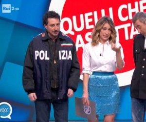 https://www.tp24.it/immagini_articoli/22-01-2019/1548149872-0-quelli-calcio-luca-paolo-sfottono-lega-movimento-stelle.jpg