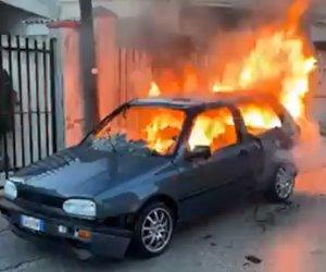 https://www.tp24.it/immagini_articoli/22-02-2021/1614024394-0-fa-la-diretta-della-sua-auto-in-fiamme-e-calamia-quello-degli-incidenti-a-campobello.jpg