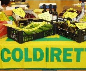 https://www.tp24.it/immagini_articoli/22-04-2015/1429727763-0-sicilia-coldiretti-alimenti-sempre-piu-nel-mirino-di-mafia.jpg