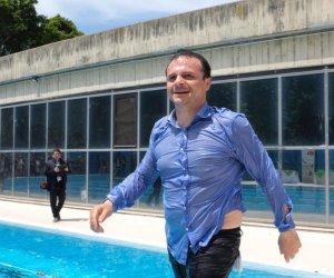 https://www.tp24.it/immagini_articoli/22-05-2019/1558546480-0-sicilia-sindaco-luca-butta-vestito-inaugurare-piscina-video.jpg