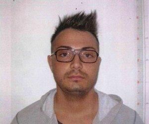 https://www.tp24.it/immagini_articoli/22-07-2013/1378805564-1-rapina-al-credito-siciliano-un-arresto-a-castellammare.jpg