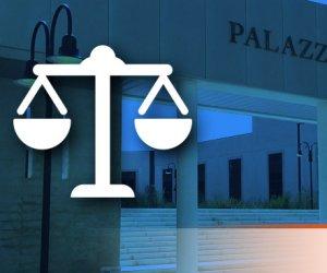 https://www.tp24.it/immagini_articoli/22-09-2021/1632292829-0-l-avvocato-i-giornalisti-i-falsi-testimoni-la-procura-di-marsala-chiude-le-nuove-indagini-su-denise-nbsp.jpg
