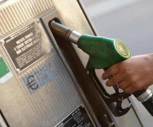 https://www.tp24.it/immagini_articoli/22-09-2021/1632309738-0-caro-caruburanti-aumenti-nbsp-record-per-benzina-20-e-gasolio.jpg