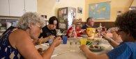 https://www.tp24.it/immagini_articoli/22-09-2021/1632346146-0-un-pasto-al-giorno-a-trapani-l-evento-solidale-contro-le-nuove-poverta.jpg