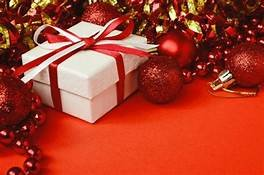 https://www.tp24.it/immagini_articoli/22-12-2019/1577021496-0-confcommercio-natale-regali-boom-online.jpg