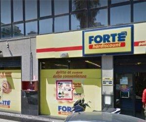 https://www.tp24.it/immagini_articoli/22-12-2019/1577024611-0-ferma-cessione-supermercati-forte-siciliani-rischio-posti-lavoro.jpg