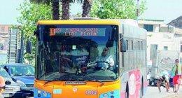 https://www.tp24.it/immagini_articoli/23-01-2021/1611382434-0-sicilia-donna-scopre-di-essere-positiva-e-torna-a-casa-in-autobus.jpg