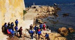 https://www.tp24.it/immagini_articoli/23-02-2019/1550927335-0-trapani-ragazzi-associazioni-lega-navale-hanno-pulito-litorale-mura-tramontana.jpg